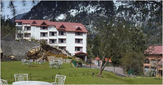 Apple Country Resorts on Log Hut Area, Manali
