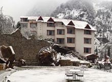 Manali Package offered by Apple Country Resort