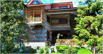Banon Resorts is the 3 Star Hotel in Manali