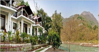 Nature Resort Glass House on the Ganges near Rishikesh
