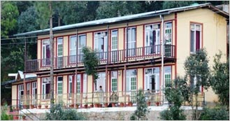 Hotel Kaafal Cottage 1 Star hotel in Ranikhet