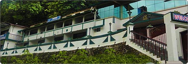 Alka The Lake Side Hotel at Mall Road, Nainital