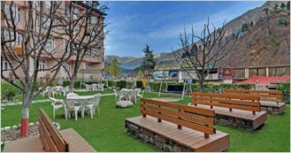 The Manali Inn is the 4 Star Hotel in Manali