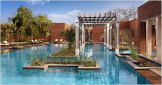 ITC Mughal 5 Star Heritage hotel in Agra