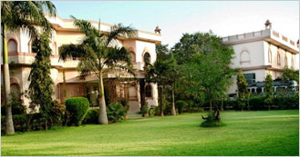 Raj Palace Resort 3 Star hotel in Ramthambore