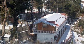 Royal Dutch Resorts and Doll Museum 3 Star hotel in Mukteshwar