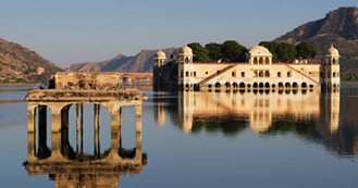 Same Day Jaipur Tour by Train from Delhi