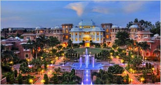 Wyndham Grand Agra 5 Star Luxury hotel in Agra