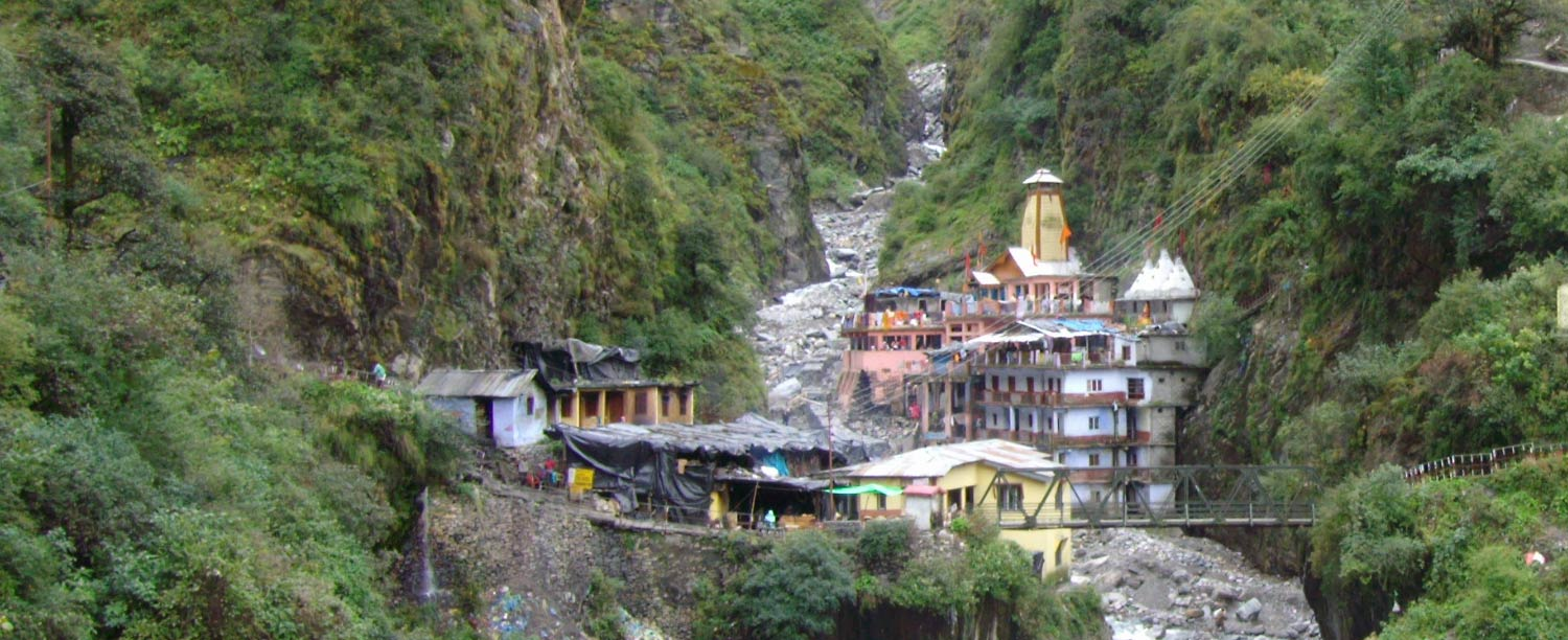 Front view of Yamunotri Temple